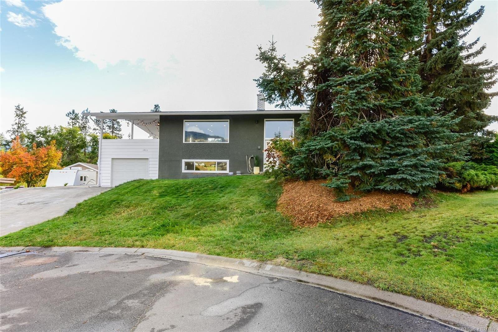 House for sale at 1911 Gallagher Ct Kelowna British Columbia - MLS: 10217893