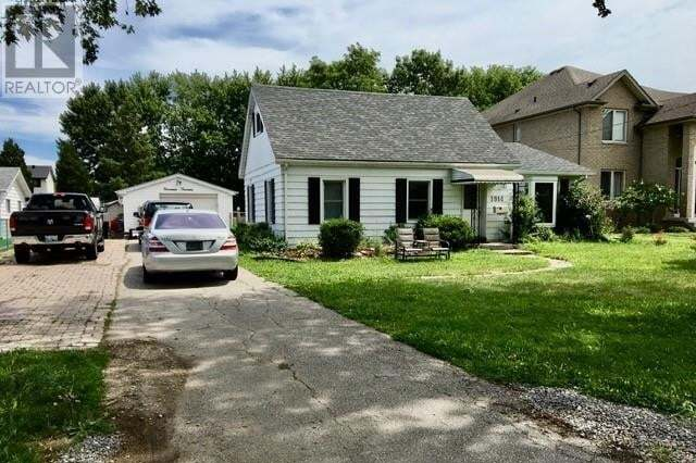 House for sale at 1914 Shawnee  Tecumseh Ontario - MLS: 20009493