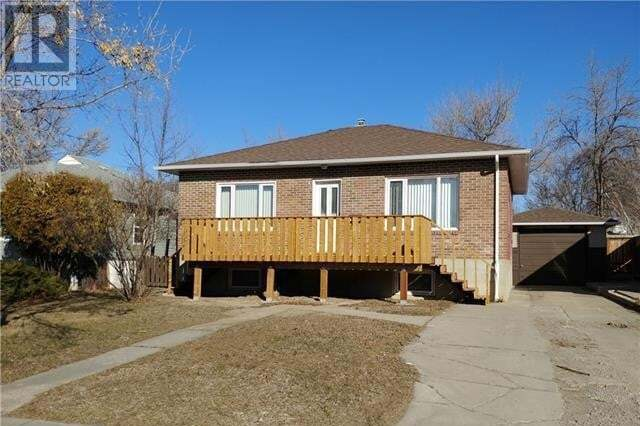 1915 2 Avenue North, Lethbridge | Image 1