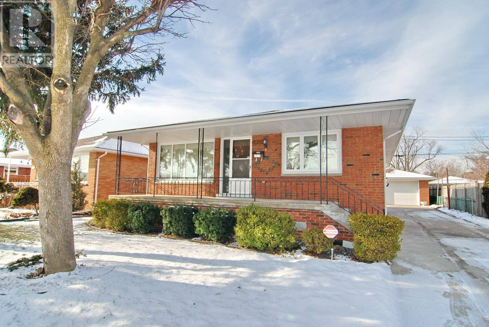 House for sale at 1919 Norman  Windsor Ontario - MLS: 20001983