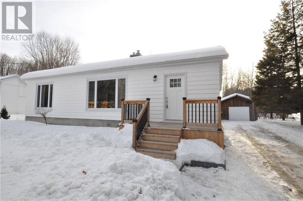 House for sale at 192 Golf Course Rd Pembroke Ontario - MLS: 1181961