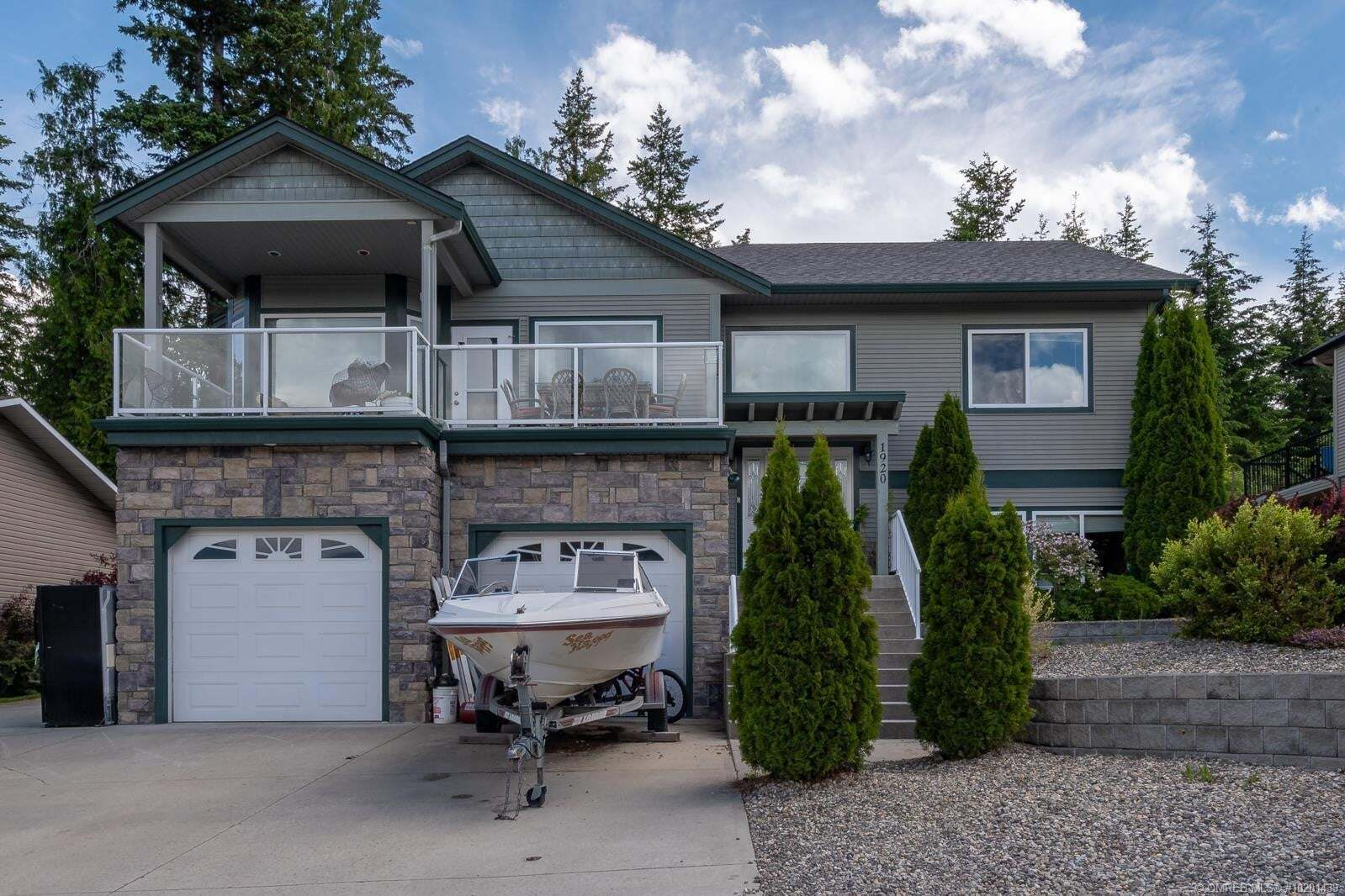 House for sale at 1920 24 St Northeast Salmon Arm British Columbia - MLS: 10201439
