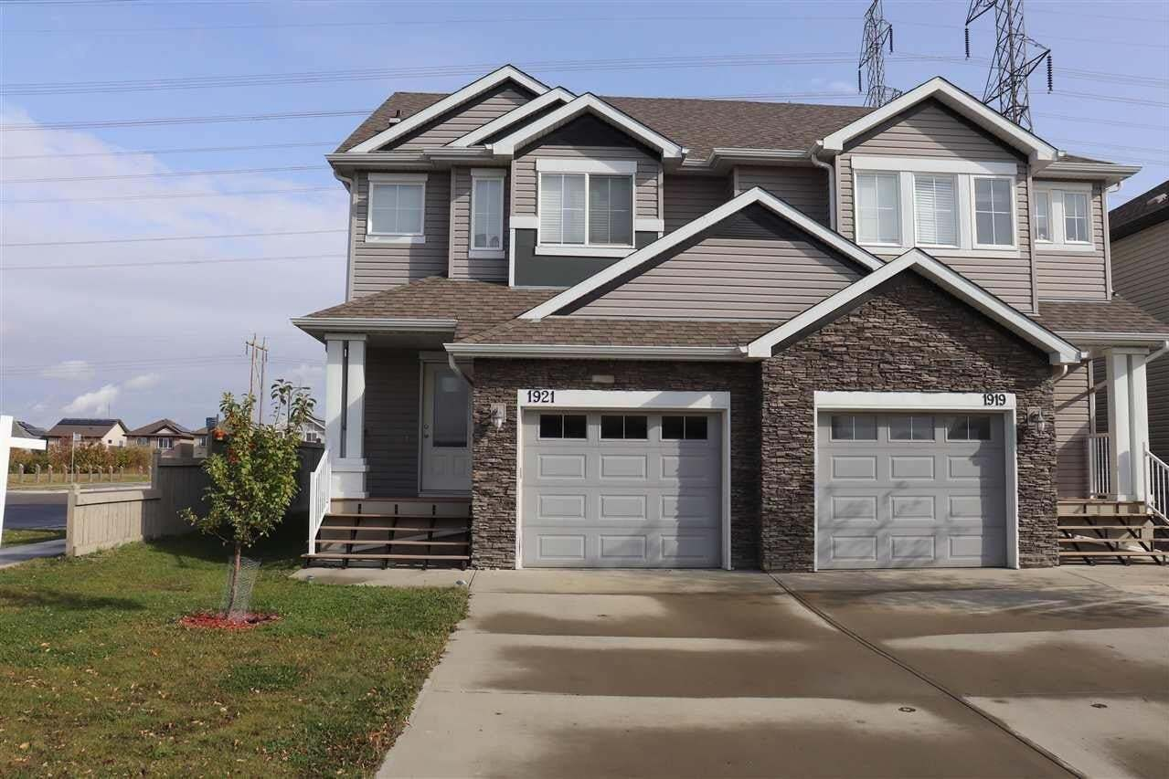 Townhouse for sale at 1921 28 St NW Edmonton Alberta - MLS: E4199718