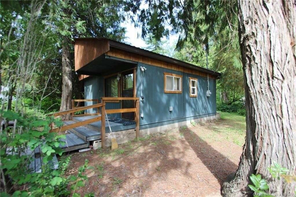 House for sale at 1923 Setterland Rd Christina Lake British Columbia - MLS: 2451226