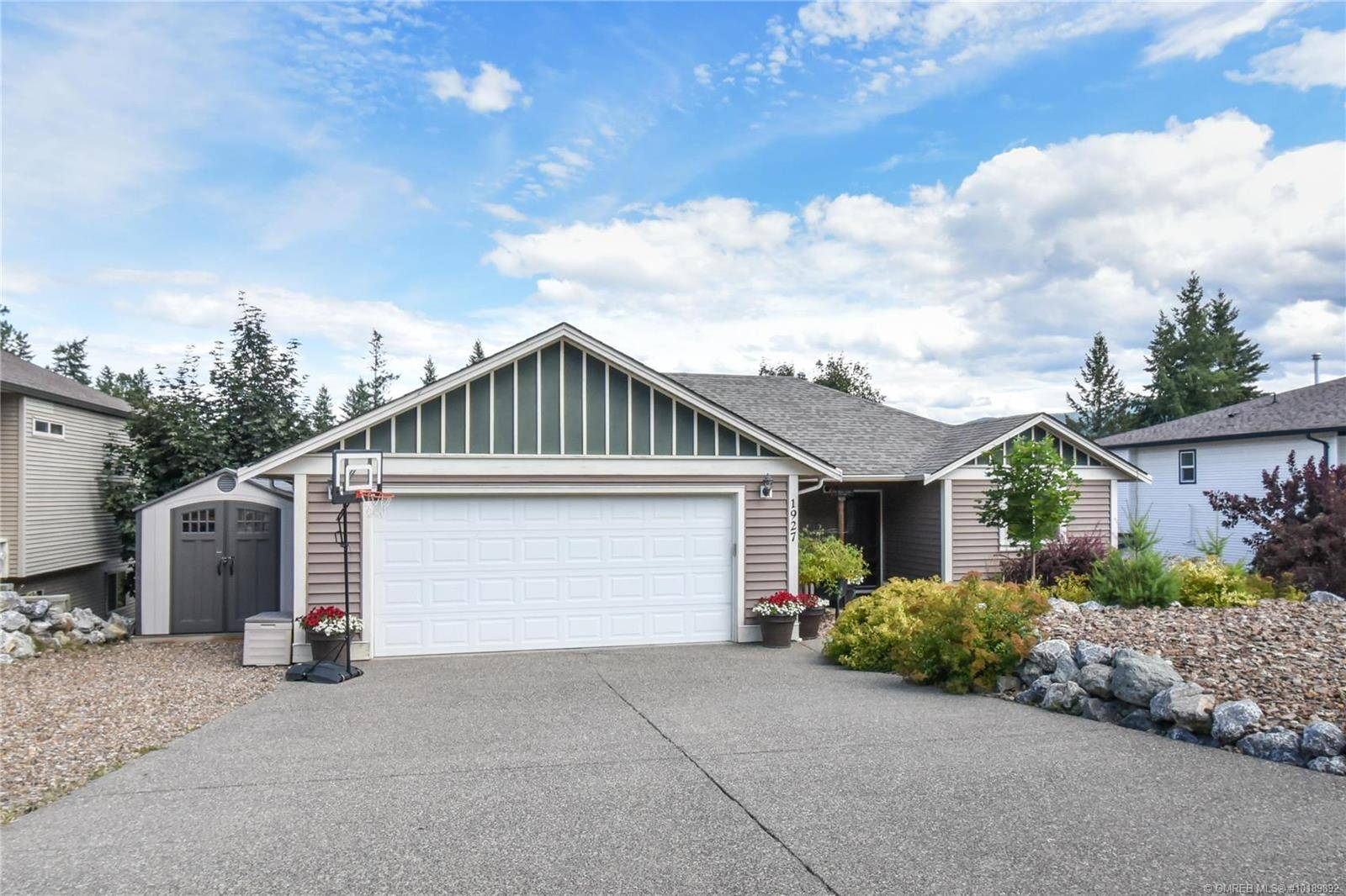 House for sale at 1927 Skyview Cres Lumby British Columbia - MLS: 10189892