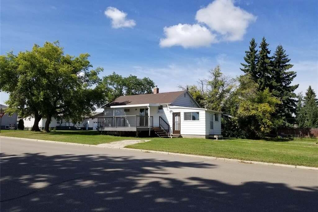 House for sale at 193 5th Ave E Unity Saskatchewan - MLS: SK813644