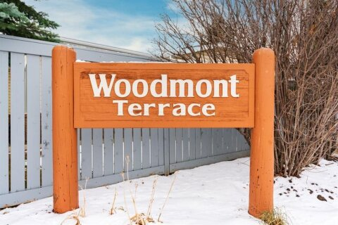 Townhouse for sale at 193 Woodmont Te SW Calgary Alberta - MLS: A1049899