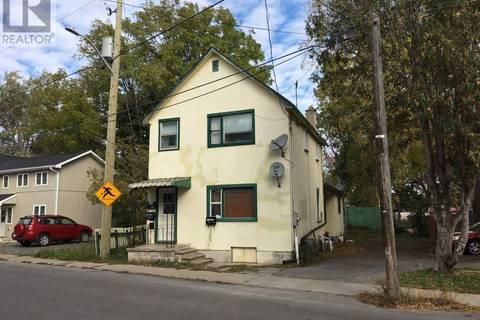 Townhouse for sale at 193 York St Kingston Ontario - MLS: K19002067