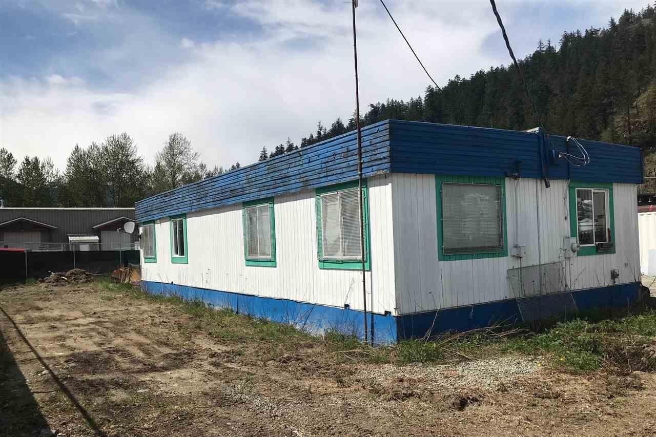 Home for sale at 1931 Timber Lane Rd Pemberton British Columbia - MLS: C8035376