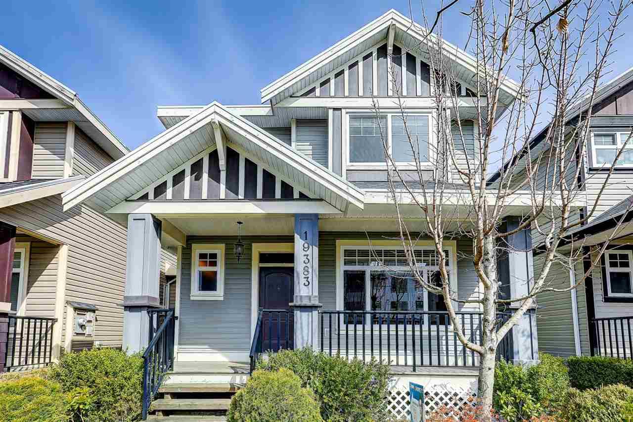 Sold: 19383 72 Avenue, Surrey, BC