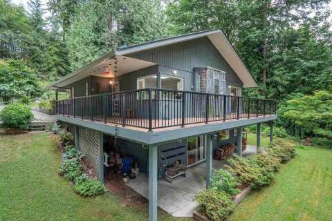 House for sale at 1939 Gower Point Rd Gibsons British Columbia - MLS: R2471141
