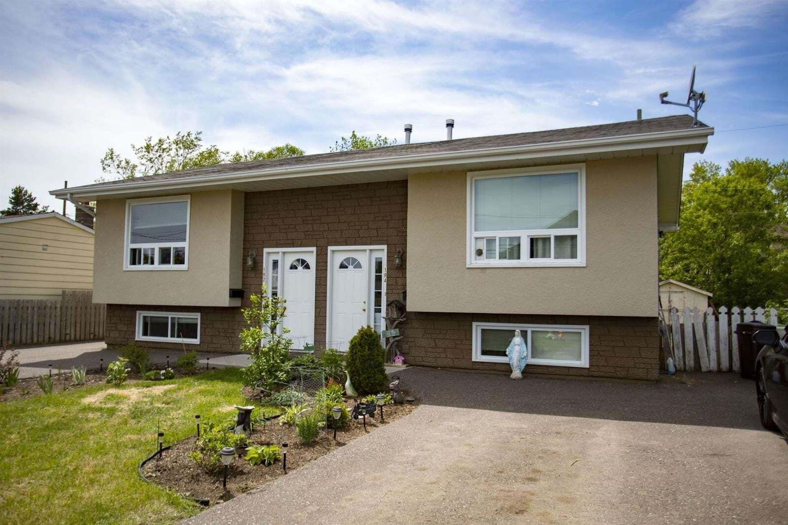 House for sale at 194 Bruce St Thunder Bay Ontario - MLS: TB201216