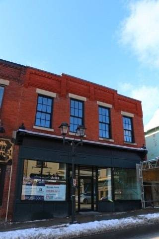 Commercial property for sale at 194 Main St Newmarket Ontario - MLS: N4664186