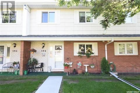 Townhouse for sale at 194 Plainsview Dr Regina Saskatchewan - MLS: SK804085
