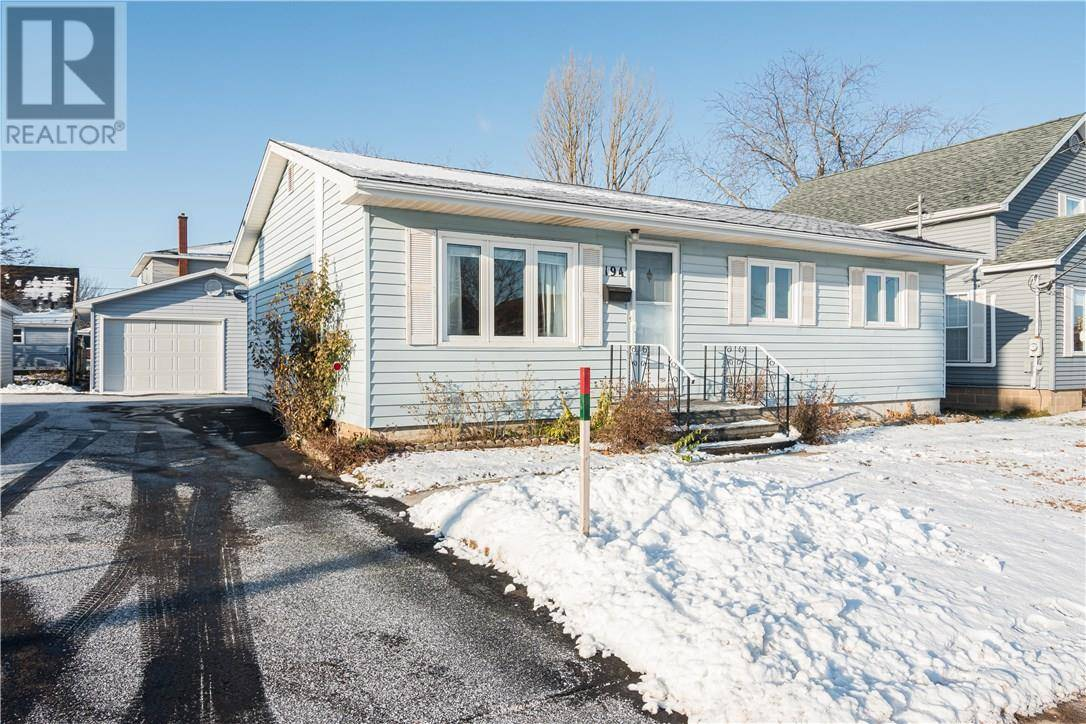 House for sale at 194 Purdy Ave Moncton New Brunswick - MLS: M126592
