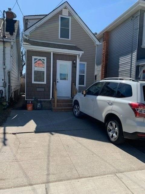 House for sale at 194 Wood St Hamilton Ontario - MLS: X4729379