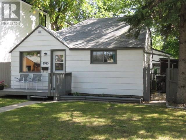 House for sale at 1945 Coy Ave Saskatoon Saskatchewan - MLS: SK785466