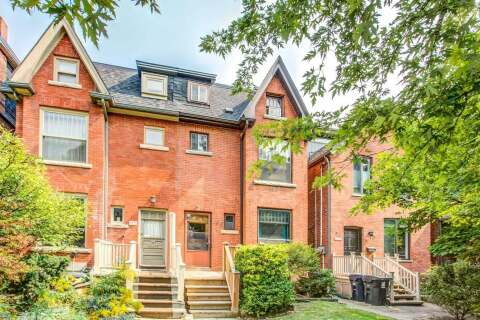 Townhouse for sale at 195 Albany Ave Toronto Ontario - MLS: C4915224