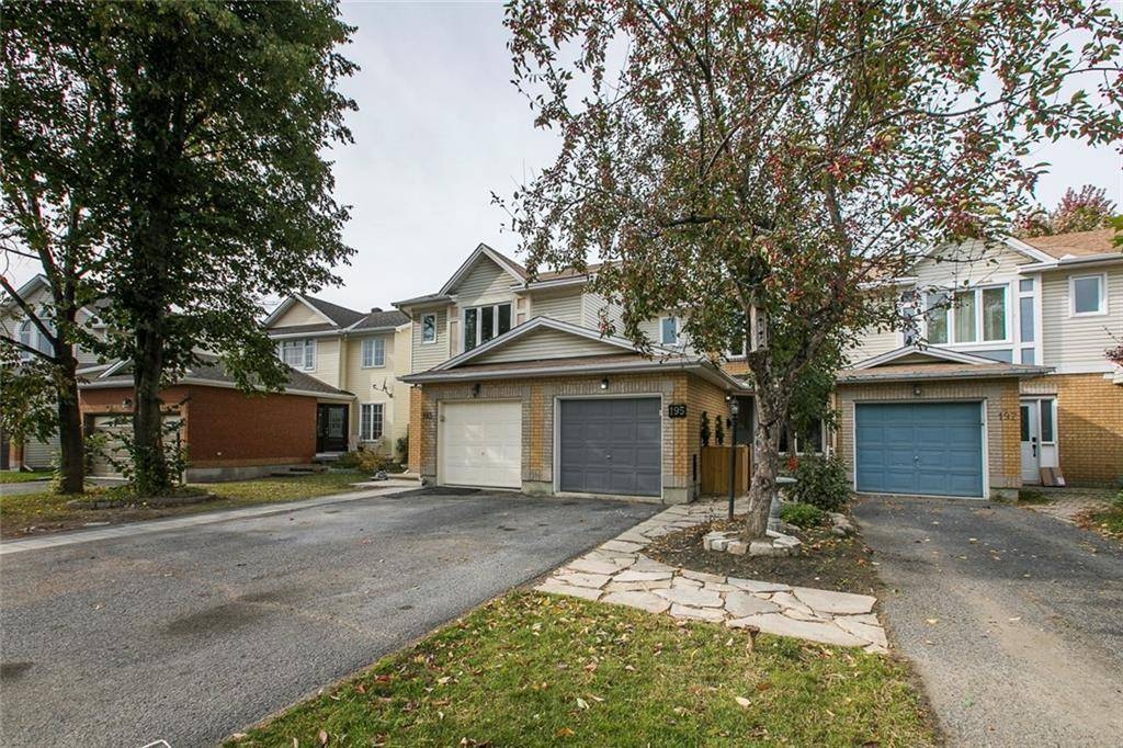 Townhouse for sale at 195 Longshire Circ Ottawa Ontario - MLS: 1172057
