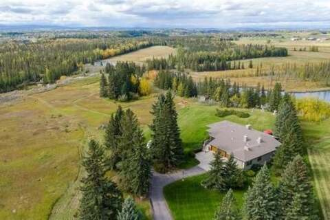 House for sale at 195 Pinebrook Wy Southwest Rural Rocky View County Alberta - MLS: C4270292