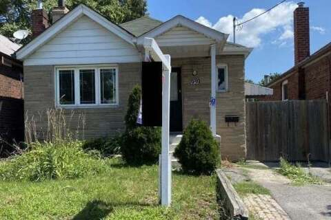 House for sale at 1959 Keele St Toronto Ontario - MLS: W4901987