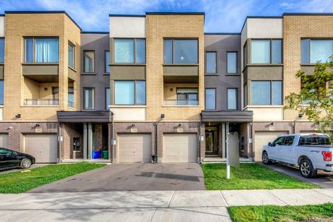 Townhouse for sale at 196 Huguenot Rd Oakville Ontario - MLS: W4600422