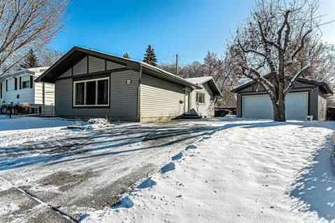 House for sale at 196 Maple Court Cres Southeast Calgary Alberta - MLS: C4275366