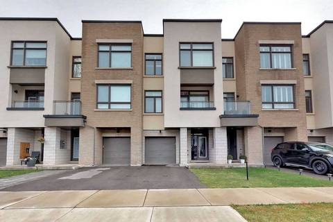 Townhouse for sale at 196 Wheat Boom Dr Oakville Ontario - MLS: W4597413