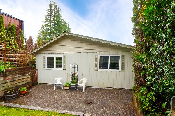 For Sale: 1964 Cliffwood Road, North Vancouver, BC | 3 Bed, 2 Bath House for $1,224,988. See 19 photos!
