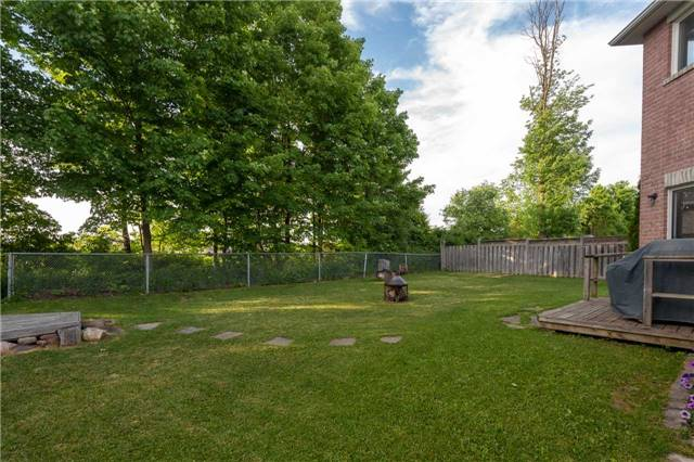 For Sale: 1969 Romina Court, Innisfil, ON   4 Bed, 4 Bath House for $675,000. See 20 photos!