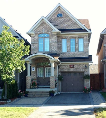 For Sale: 197 District Avenue, Vaughan, ON | 3 Bed, 4 Bath House for $1,159,800. See 20 photos!