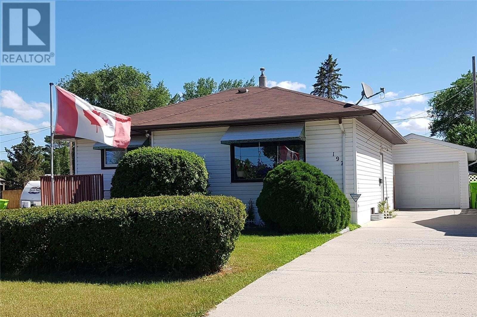 House for sale at 197 Neeping Ave N Fort Qu'appelle Saskatchewan - MLS: SK820835