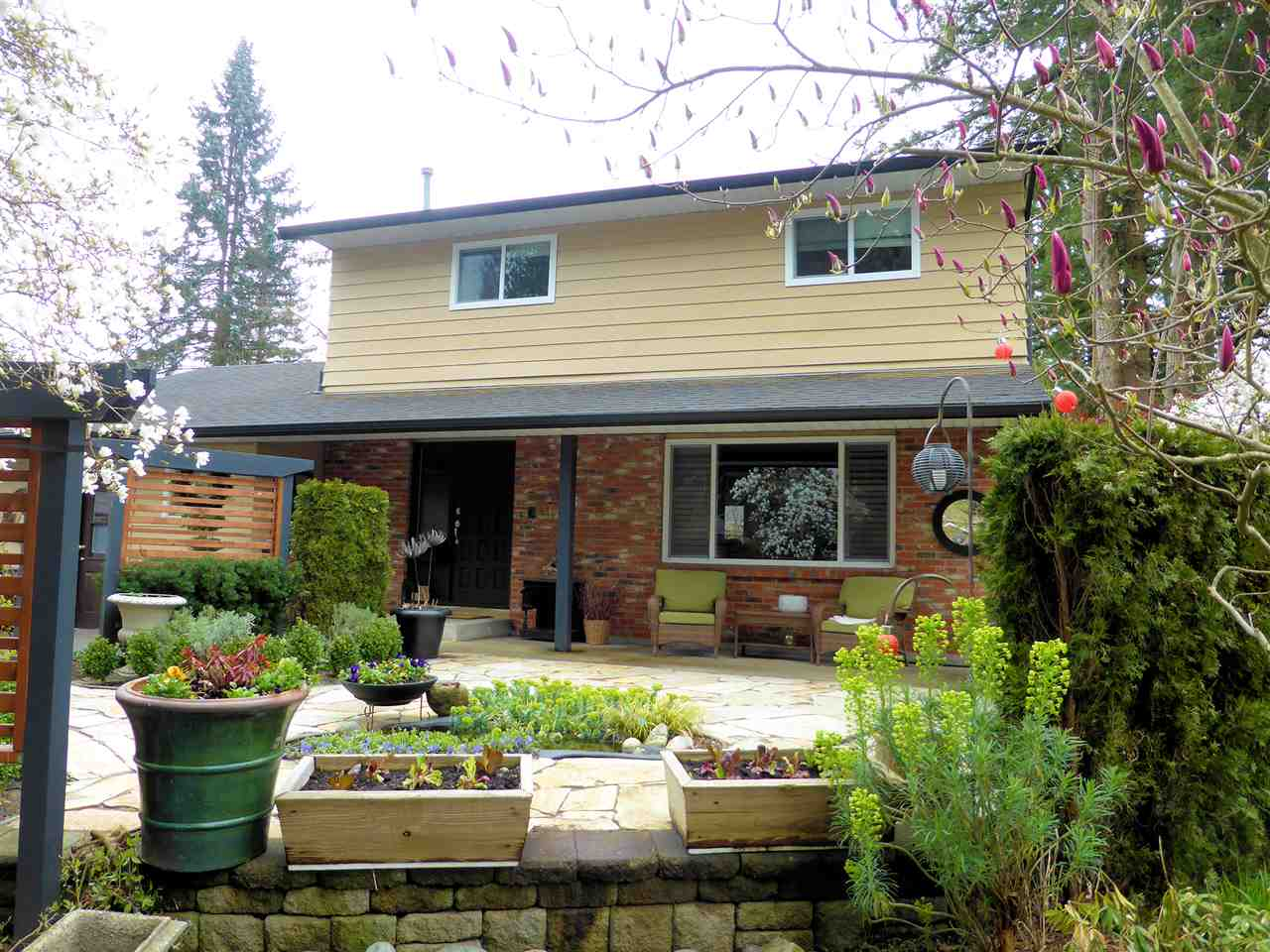 Sold: 19770 46a Avenue, Langley, BC