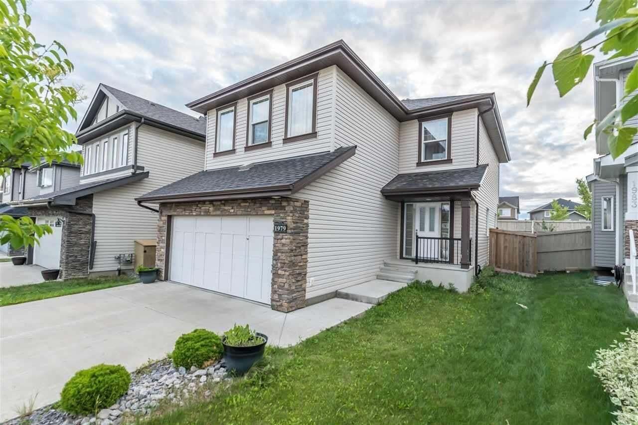 House for sale at 1979 67 St SW Edmonton Alberta - MLS: E4209175