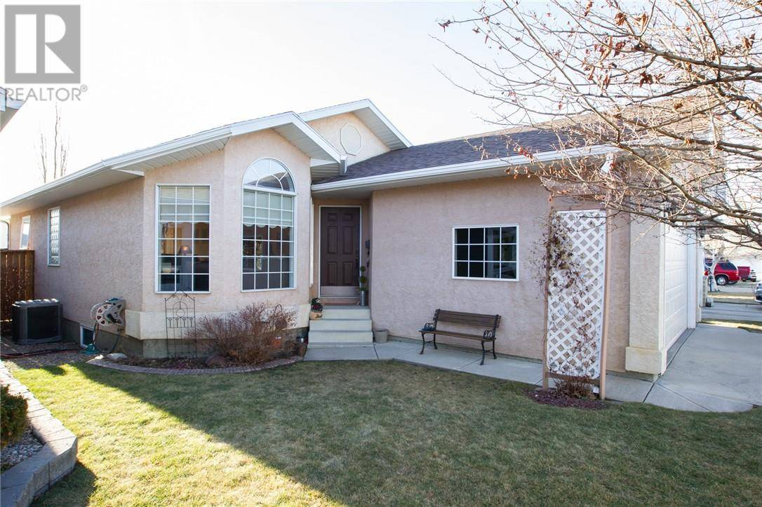 House for sale at 198 Heritage Cres W Lethbridge Alberta - MLS: ld0188231