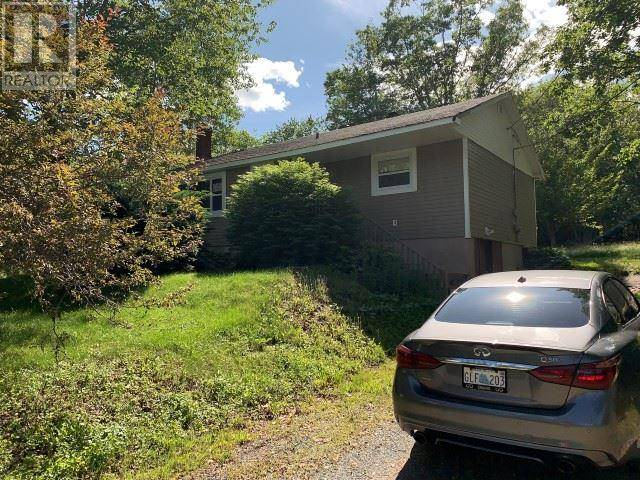 House for sale at 198 Lockview Rd Fall River Nova Scotia - MLS: 201917760