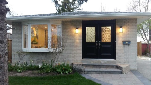 For Sale: 198 Mammoth Hall Trail, Toronto, ON   3 Bed, 2 Bath House for $794,000. See 15 photos!