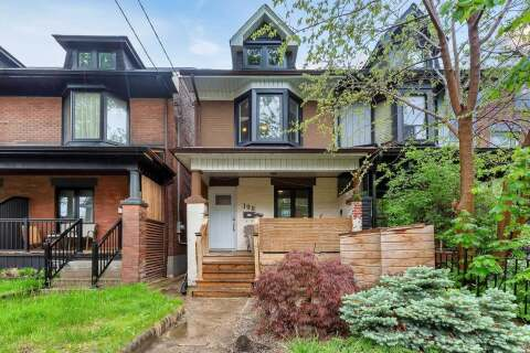 Townhouse for sale at 198 Perth Ave Toronto Ontario - MLS: W4775643