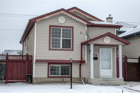 House for sale at 198 Saratoga Cs Northeast Calgary Alberta - MLS: C4224443