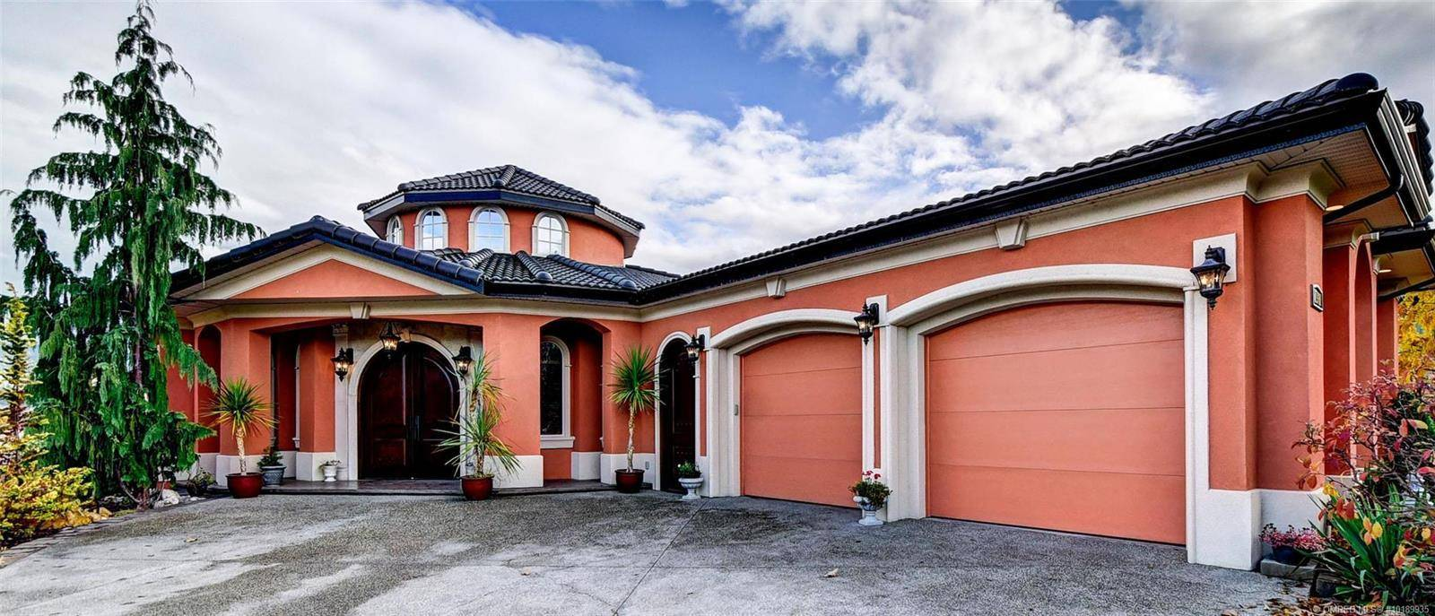 House for sale at 1981 Capistrano Dr Kelowna British Columbia - MLS: 10189935