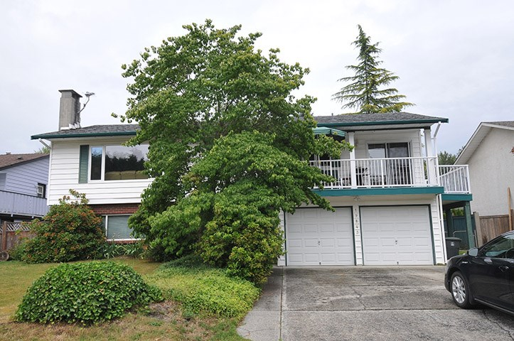 Sold: 19843 Wildwood Place, Pitt Meadows, BC