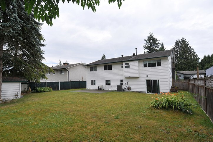 For Sale: 19843 Wildwood Place, Pitt Meadows, BC | 4 Bed, 3 Bath House for $865,000. See 19 photos!