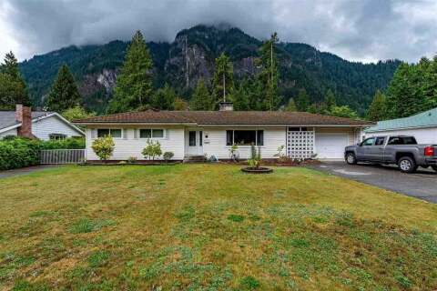 House for sale at 19868 Silverhope Rd Hope British Columbia - MLS: R2481346