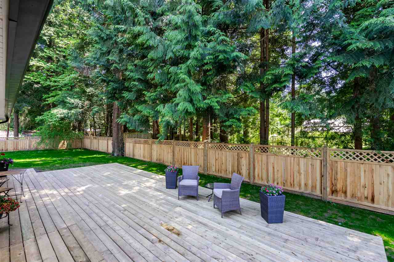 For Sale: 19956 44b Avenue, Langley, BC   3 Bed, 2 Bath House for $1,099,000. See 20 photos!