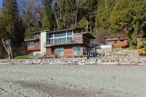House for sale at 1998 Ocean Beach Esplanade Gibsons British Columbia - MLS: R2444481