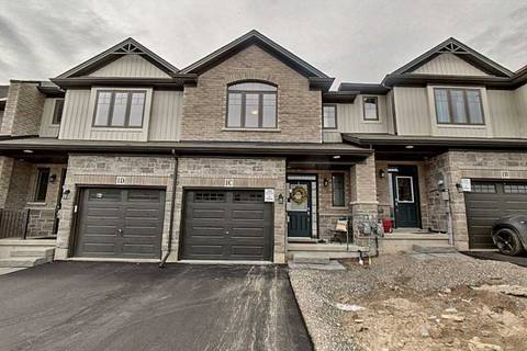 Townhouse for sale at 1 Vic Chambers Pl Brant Ontario - MLS: X4464662