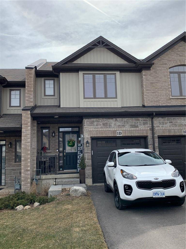 Townhouse for sale at 1 Vic Chambers Pl Paris Ontario - MLS: H4074938