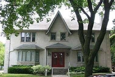 Townhouse for rent at 1 Killarney Rd Unit 2 Toronto Ontario - MLS: C4578217