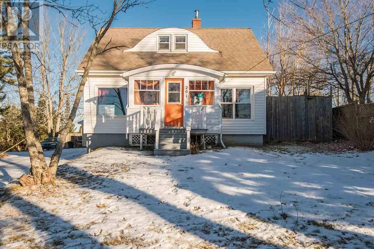Home for sale at 1 Locks Rd Unit 2 Enfield Nova Scotia - MLS: 201900778