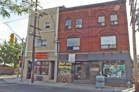 Townhouse for rent at 123 Ossington Ave Unit 2 Toronto Ontario - MLS: C4977040